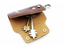 Чехол для ключей Subaru кожаный, универсальный (BGT-LKH-UDBR-Sub)