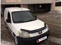 Дефлектор капота Peugeot Partner I /2002-2008, FL, длинный/. Мухобойка Пежо Партнер [Vip Tuning]