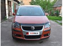 Дефлектор капота Volkswagen Cross Touran I /FL, 2006-2010/. Мухобойка Фольксваген Кросс Туран [Vip Tuning]