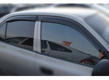 Дефлекторы окон Hyundai Accent II (LC) /2000-2005/. Ветровики Хюндай Акцент [Cobra]