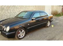 Дефлекторы окон Mercedes E (W210) /1995-2002/. Ветровики Мерседес Е-класс [Cobra]