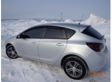 Дефлекторы окон Opel Astra J /Хэтчбек, 2009-2015/. Ветровики Опель Астра J [Cobra]