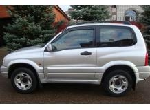 Дефлекторы окон Suzuki Grand Vitara I /3D, 1997-2005/. Ветровики Сузуки Гранд Витара [Cobra]
