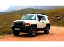 Дефлекторы окон Toyota FJ Cruiser /2006+/. Ветровики Тойота FJ Крузер [Cobra]