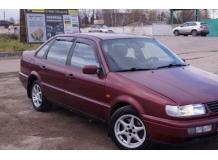Дефлекторы окон Volkswagen Passat B4 /Седан, 1993-1996/. Ветровики Фольксваген Пассат [Cobra]