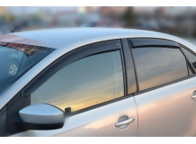 Дефлекторы окон Volkswagen Polo V /2009-2017, Седан/. Ветровики Фольксваген Поло 5 [Cobra]
