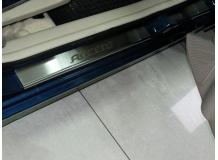 Накладки на пороги Hyundai Accent III (MC) /2006-2010, 3D/. Накладки порогов Хюндай Акцент [NataNiko]