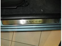 Накладки на пороги Mitsubishi Lancer IX /2003-2008/. Накладки порогов Мицубиси Лансер [NataNiko]