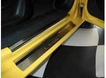 Накладки на пороги Seat Leon II (1P) /2005-2012/. Накладки порогов Сеат Леон [NataNiko]