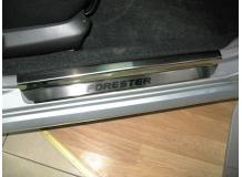Накладки на пороги Subaru Forester II (SG) /2002-2008/. Накладки порогов Субару Форестер [NataNiko]