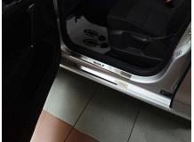 Накладки на пороги Volkswagen Golf Sportsvan /2014+/. Накладки порогов Фольксваген Гольф Спортсвэн [NataNiko]