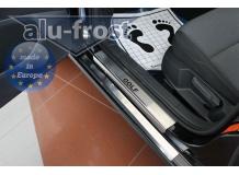 Накладки на пороги Volkswagen Golf VII /2012+/. Накладки порогов Фольксваген Гольф 7 [Alu-Frost]